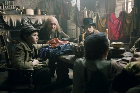 Oliver Twist [2005] Movie Review Recommendation