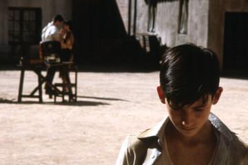 El Espinazo Del Diablo AKA The Devil's Backbone [2001] Movie Review Recommendation