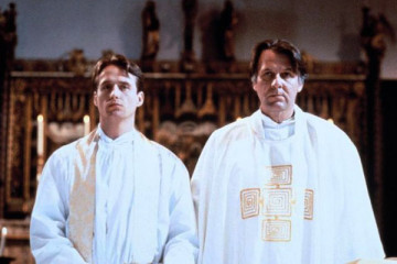 Priest [1994] Movie Review Recommendation