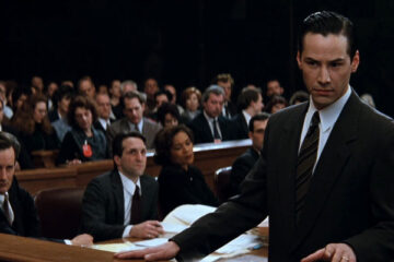 The Devils Advocate 1997 Movie Keanu Reeves as Kevin Lomax in a courtroom talking to the jury