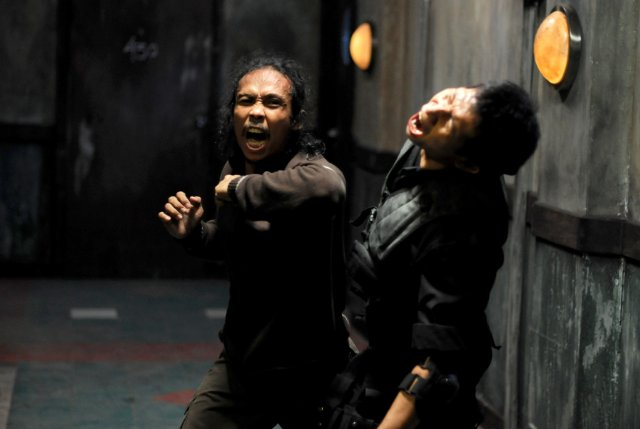 The Raid: Redemption [2011] Movie Review Recommendation