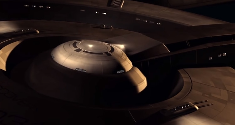 USS-Discovery-Close-Up