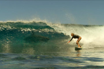 The Shallows 2016 Blake Lively surfing