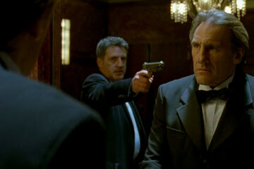 36 Quai des Orfevres aka 36th Precinct 2004 Movie Daniel Auteuil holding a gun pointed to Gérard Depardieu