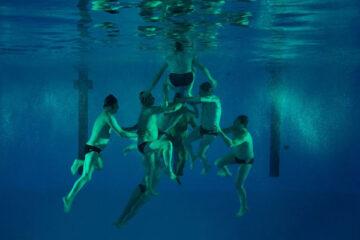 Le Grand Bain AKA Sink or Swim 2018 Movie Underwater shot of swimmers making a human pyramid