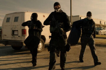 Den of Thieves 2018 Movie Three robbers with masks and heavily armed approaching bank