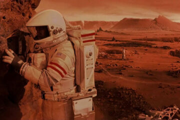 Mission to Mars 2000 Movie Scene Don Cheadle as Luke Graham in a spacesuit on a surface of Mars